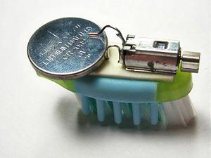 upcycling_toothbrush_robot